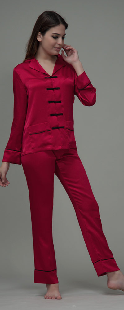 online store e5b2c 376cd Damen Pyjama im trendigen Asia-Stil